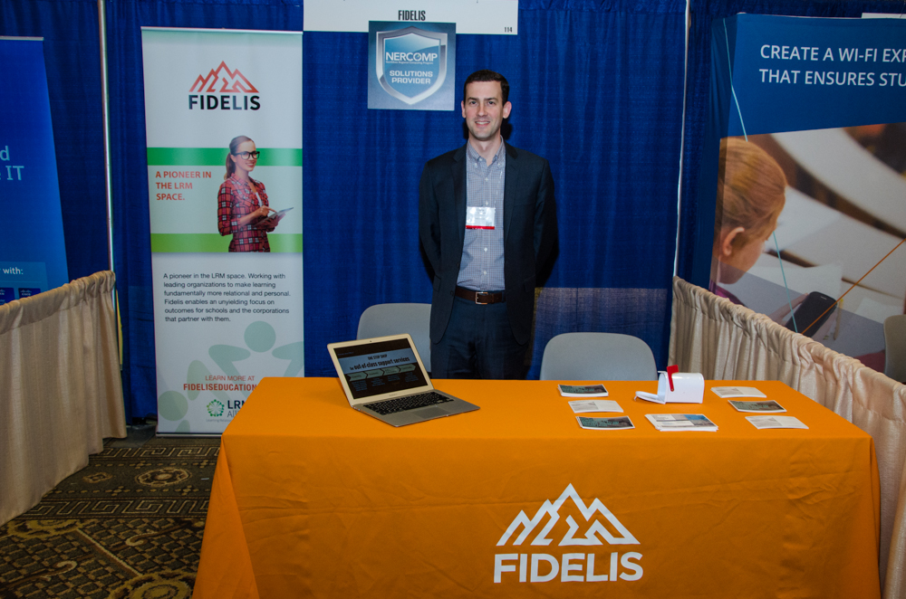 Fidelis booth2